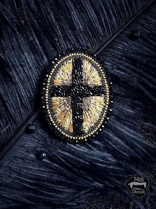 "Cult Treasures ""Gothic Cross"" brooch"