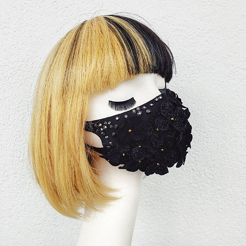 Miss Danger fashion mask - black