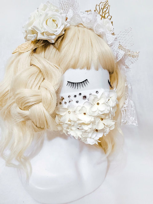 Miss Danger fashion mask - Ivory and gold