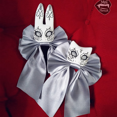 Choose color! Small bunny / cat brooch PREORDER