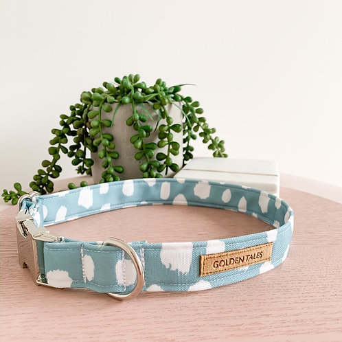 """Golden Tales """"Floating Clouds"""" Collar"""