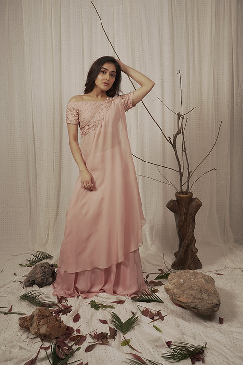 EMBROIDED BLOUSE ,SKIRT AND TOGA