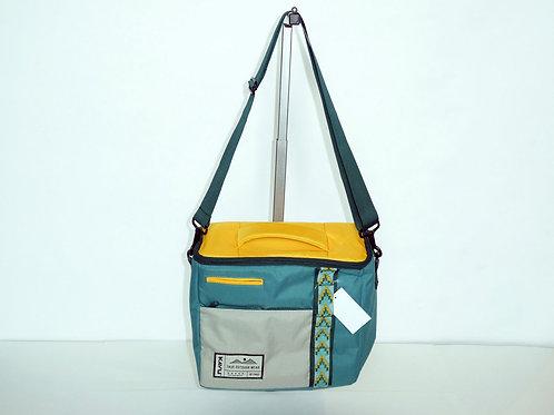 Kavu Insulated Snack Sack Cooler Bag W/Adjustable Strap (ELAV-9055-1511)