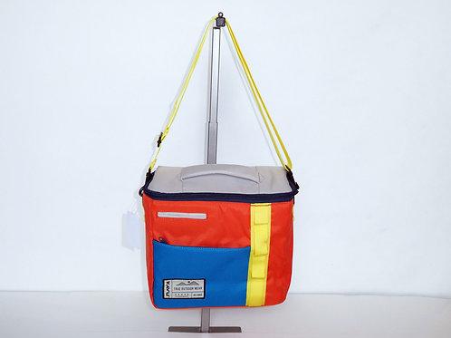 Kavu Insulated Snack Sack Beach Sport Cooler W/Adjustable Strap (ELAV-9055-1183)