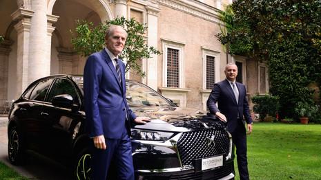 Un DS7 Crossback hybride pour l'Ambassadeur de France en Italie