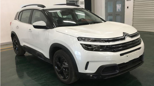 Chine : Le Citroën C5 Aircross hybride en version 4 roues motrices