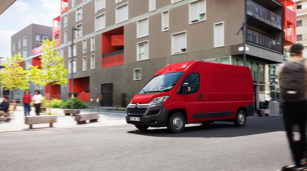 Citroën Jumper Electric : aussi grand qu'il peut se contenir lui-même