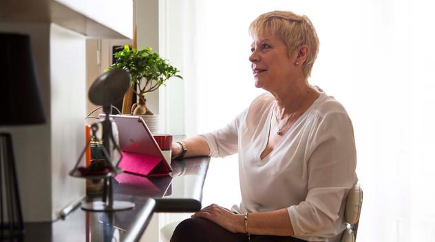 Linda Jackson reçoit une bourse honoraire en Angleterre