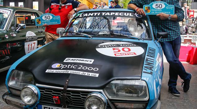 Citroën au départ du Tour auto avec une GS aux mains de François Allain