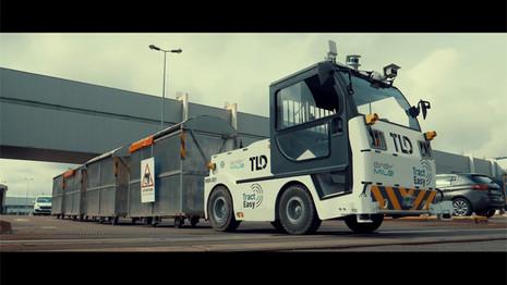PSA expérimente un tracteur autonome dans son usine de Sochaux