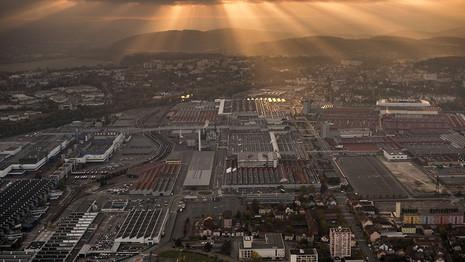PSA : L'usine de Sochaux produira pendant les vacances