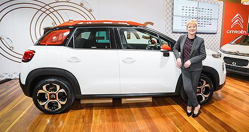 Linda Jackson en visite en Australie et annonce la commercialisation de la future Citroën C4