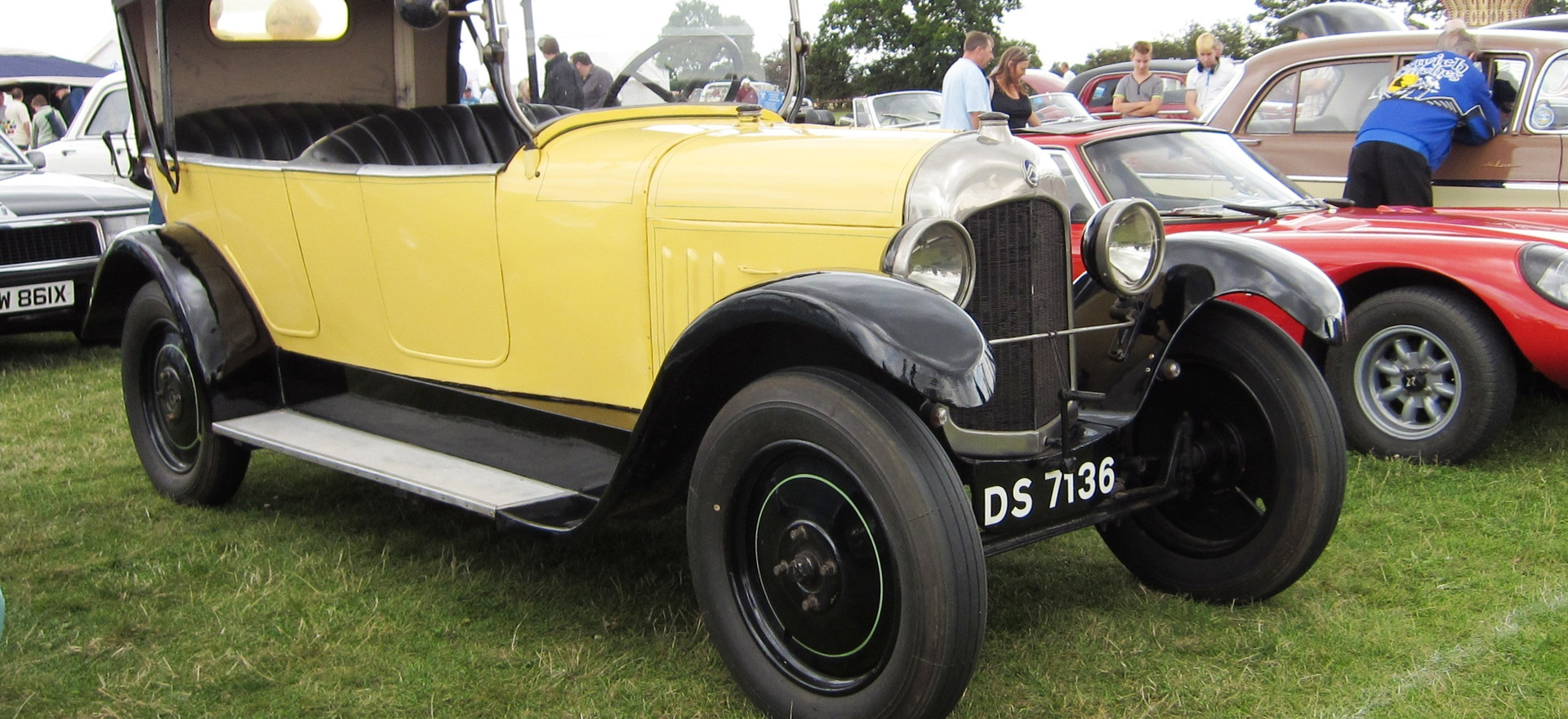 On July 12, 1921, Citroën presented its second car, the B2. A more powerful and advanced version of Type A