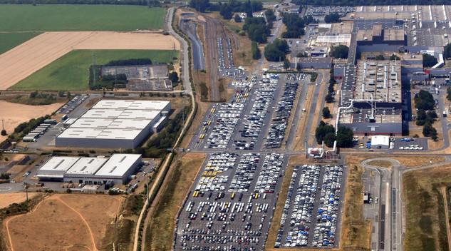 PSA ouvre une activité occasion à Valenciennes
