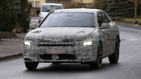 La future Citroën C5 surprise en tests en Europe