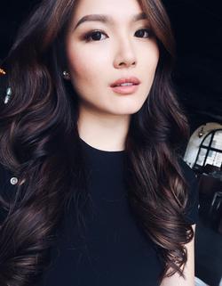 Cheryl Chou 周