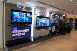web01_Renovation_Samsung Shop Revamp20141230