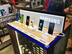 Samsung HKIA Display  (2)