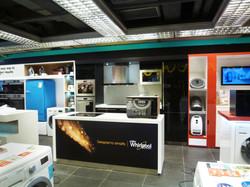 Whirlpool Shop In Shop _ Broadway (2)