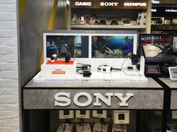 Sony HKIA Shop Front Display (1)