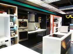 Whirlpool Shop In Shop _ Broadway (1)
