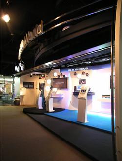 Shop Front-SSHK HD World_02