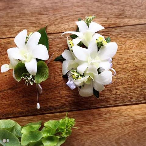 buttonhole flower corsage flower