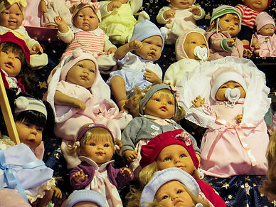 dolls-541785_1280.jpg