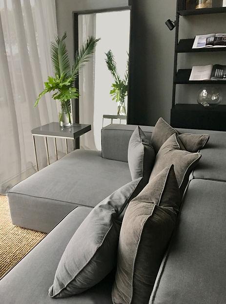 sofa%20Big%20Box%2CMesa%20arrime%20Tubo%