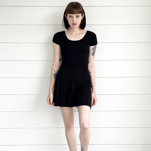 SS Staple Dress in Classic Black