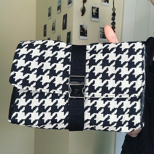 Houndstooth Owl Dreams Clutch
