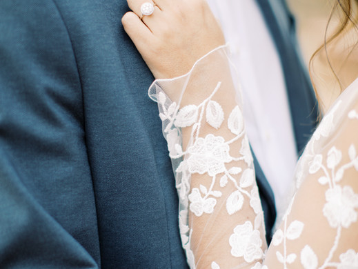 How will the COVID-19 vaccine affect weddings in 2021?