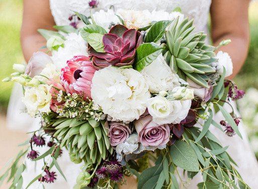 How to find your wedding florist | Arlington, VA Wedding Planner