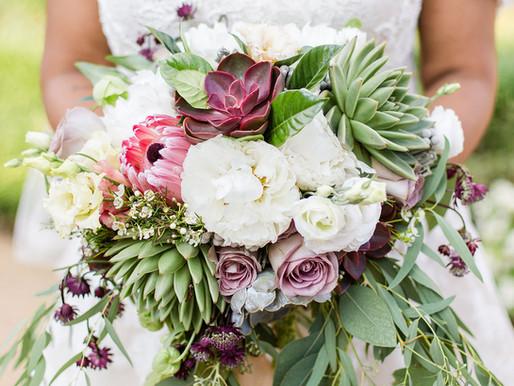 How to find your wedding florist   Arlington, VA Wedding Planner