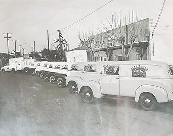 larys_foods_trucks_sm.jpg
