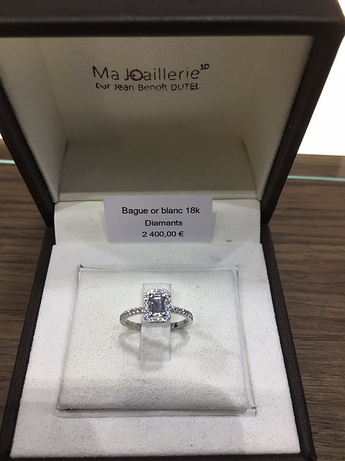 Bague Or blanc - solitaire diamant taille emeraude