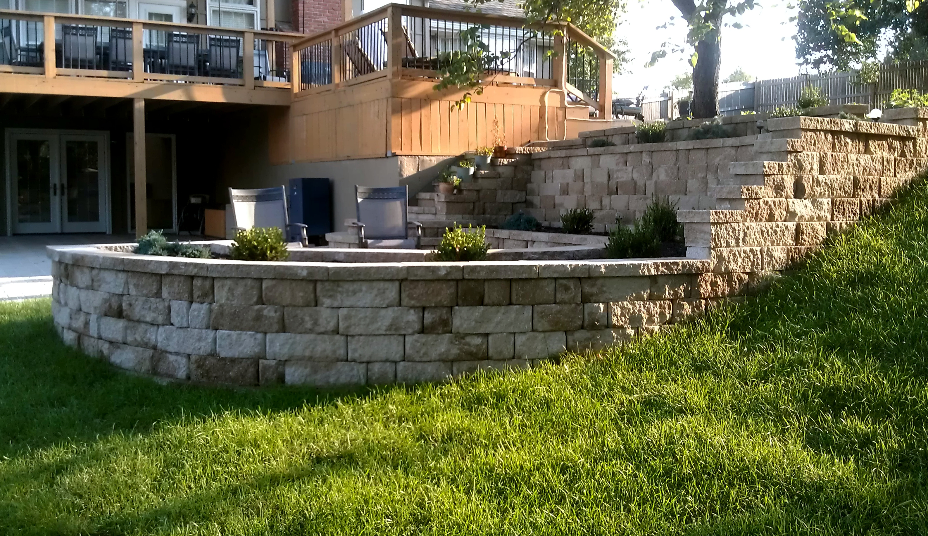 #6 view at north end of wall / patio