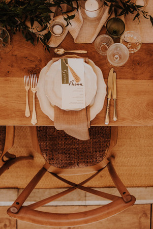 Wooden-Wedding-Tables