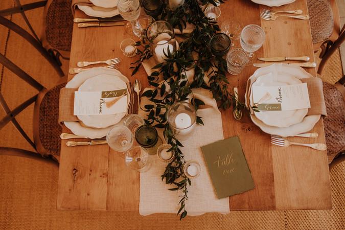 Rustic-Wedding-Tables