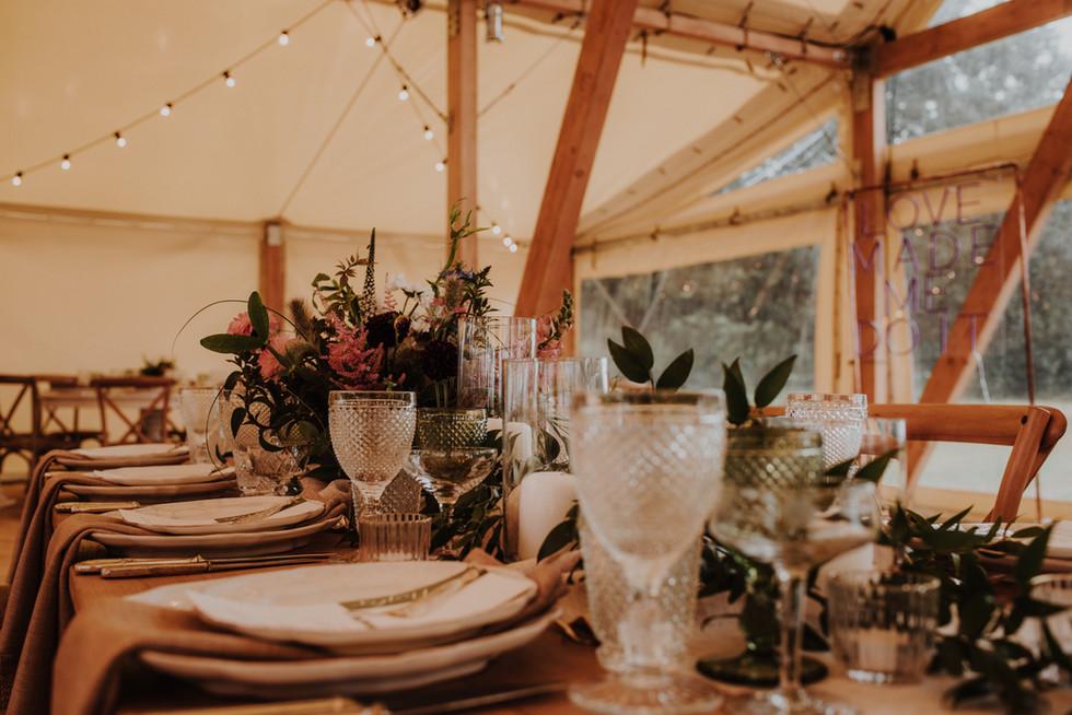 Stunning natural table set up