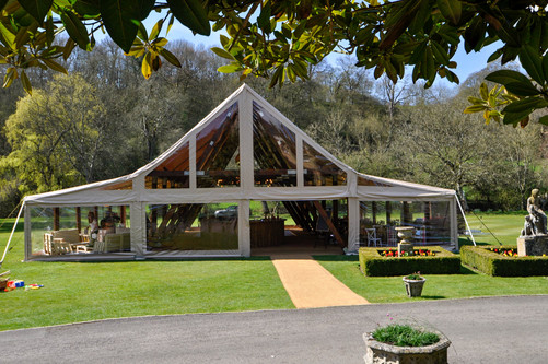 The-cruck-tent-for-events-hire-exterior-