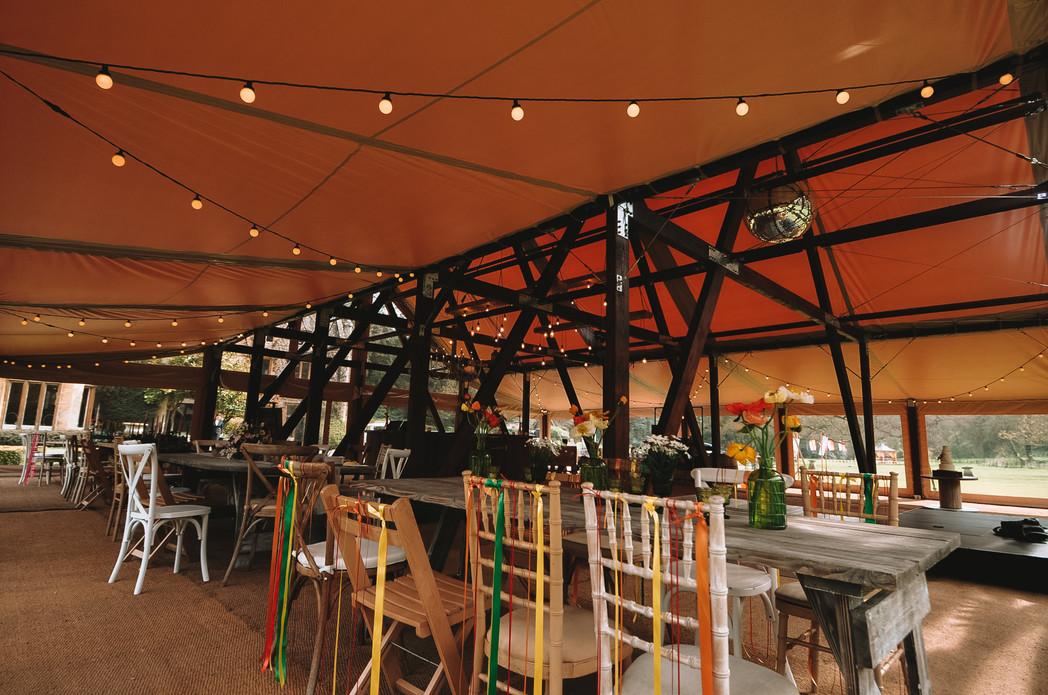 Cruck-tent-for-festivals-interior-2000x1