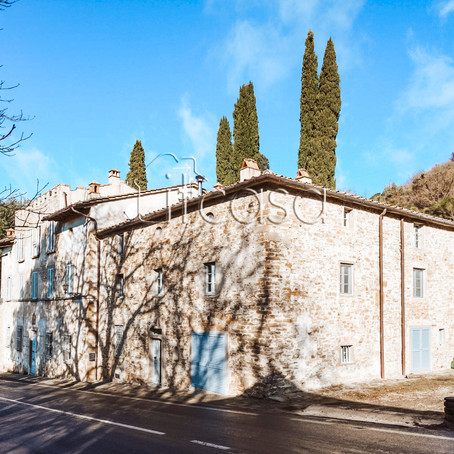Tuscan country dream for $153k