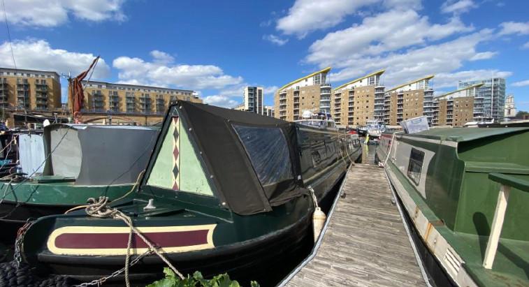 Renovated Narrow Boat in London for $87k