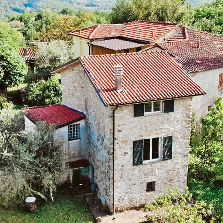 Stone House in Tuscany for $112k