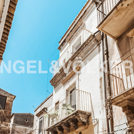 Sicilian town house for $100k