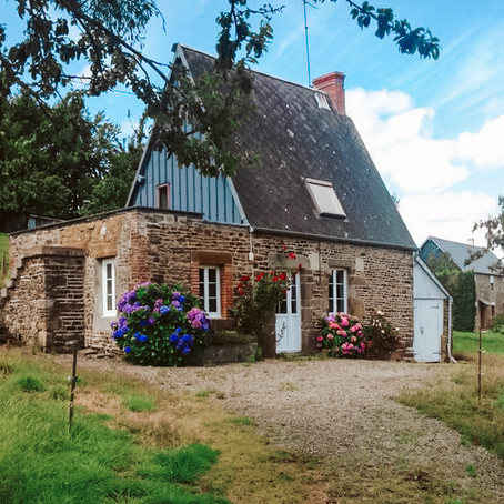 Adorable French Cottage for €77,000