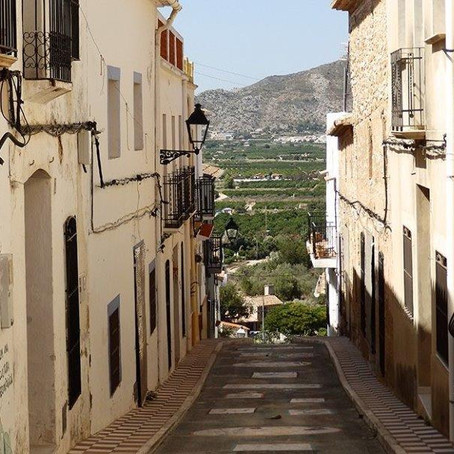 Townhouse in Traditional Spanish Village