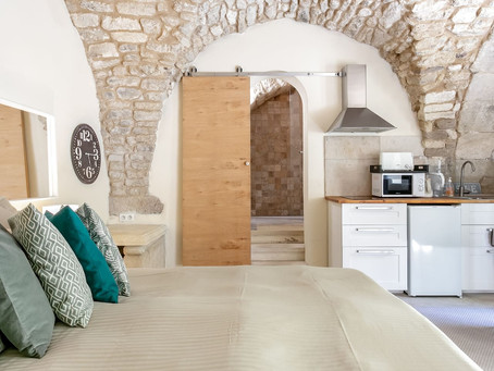 Studio in the Hills of Luberon France for $62/nt