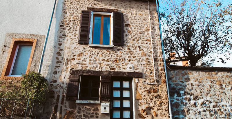 Pretty Medieval village house in France for €56,000